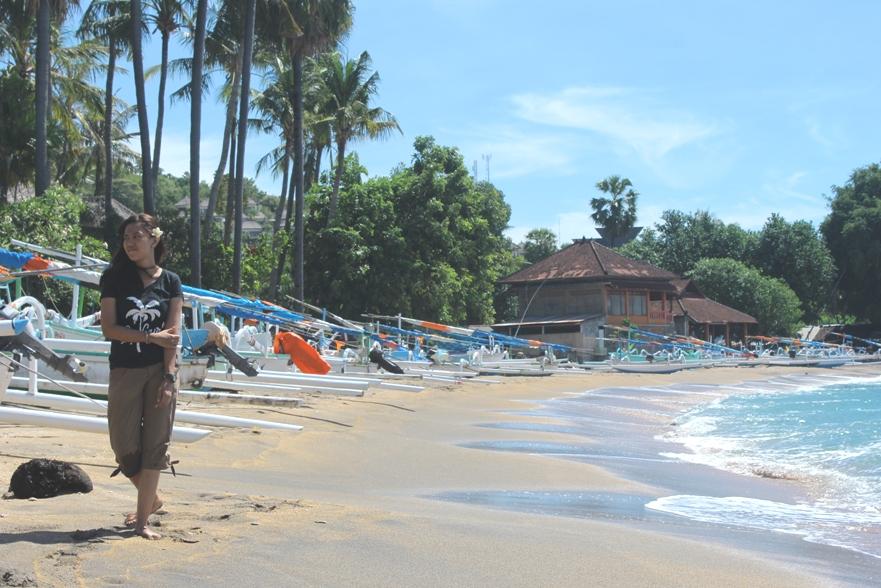 Rheevarinda di Amed-Bali