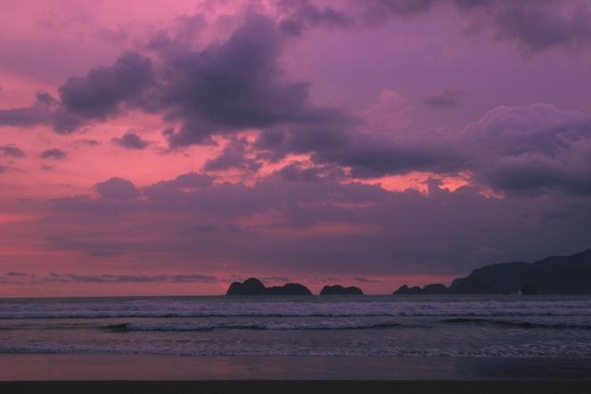 Senja di Pantai Pulo Merah 2